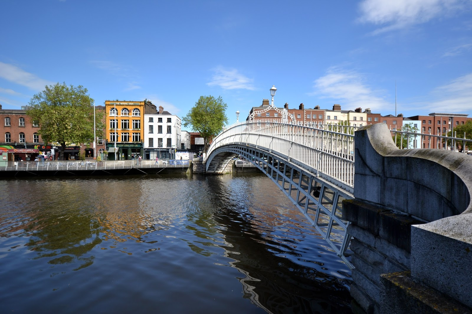 http://www.theroamingrenegades.com/2014/06/guide-and-report-to-historic-dublin.html
