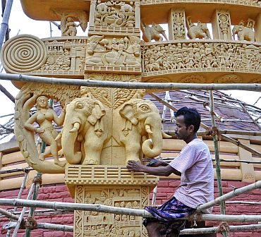 Durga Puja Pandals In Kolkata