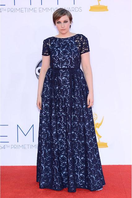 Lena Dunham vestido Prada Emmy 2012.