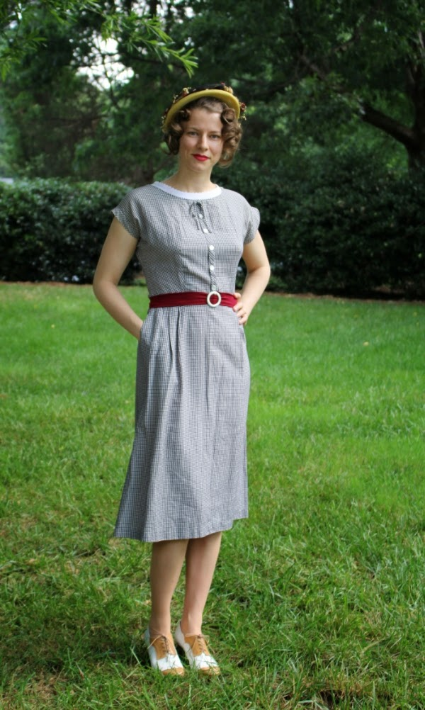 A 50s Picnic Kind of Day #1950s #fashion #dress