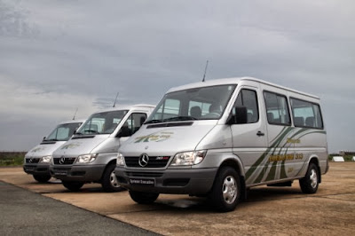 Dịch vụ cho thuê xe 16 chỗ Mercedes Sprinter  giá rẻ tại Hà Nội