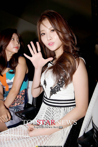 Girls Day Yura