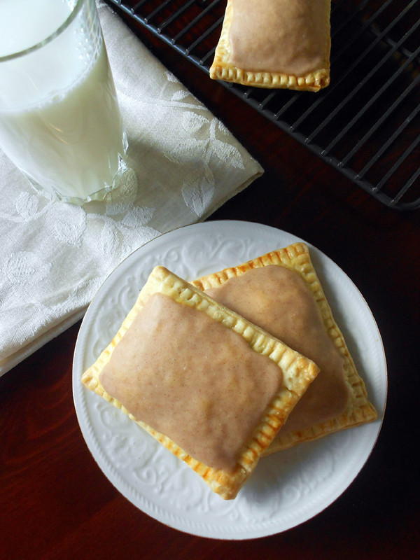 brown-sugar-cinnamon-poptarts.jpg