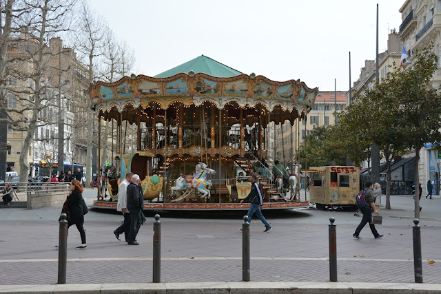 Marseille carousel