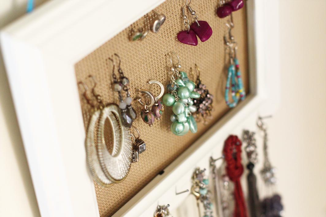 Donde almacenar tus collares aretes y pulceras - Colgador de collares ikea ...