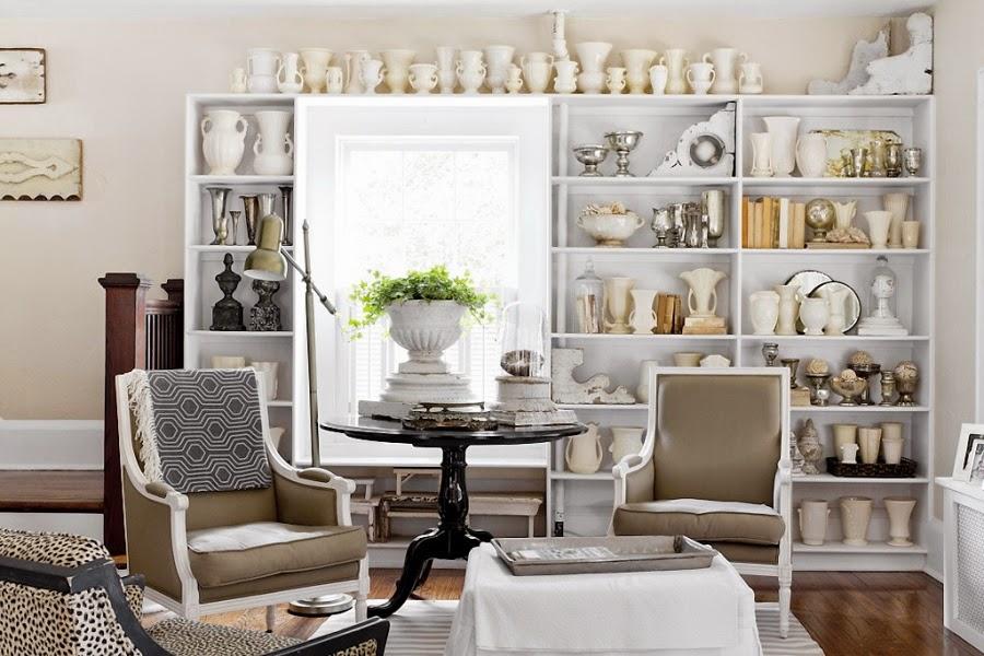 styl klasyczny, białe wnętrza, shabby chic, bielone meble, kolekcja porcelany