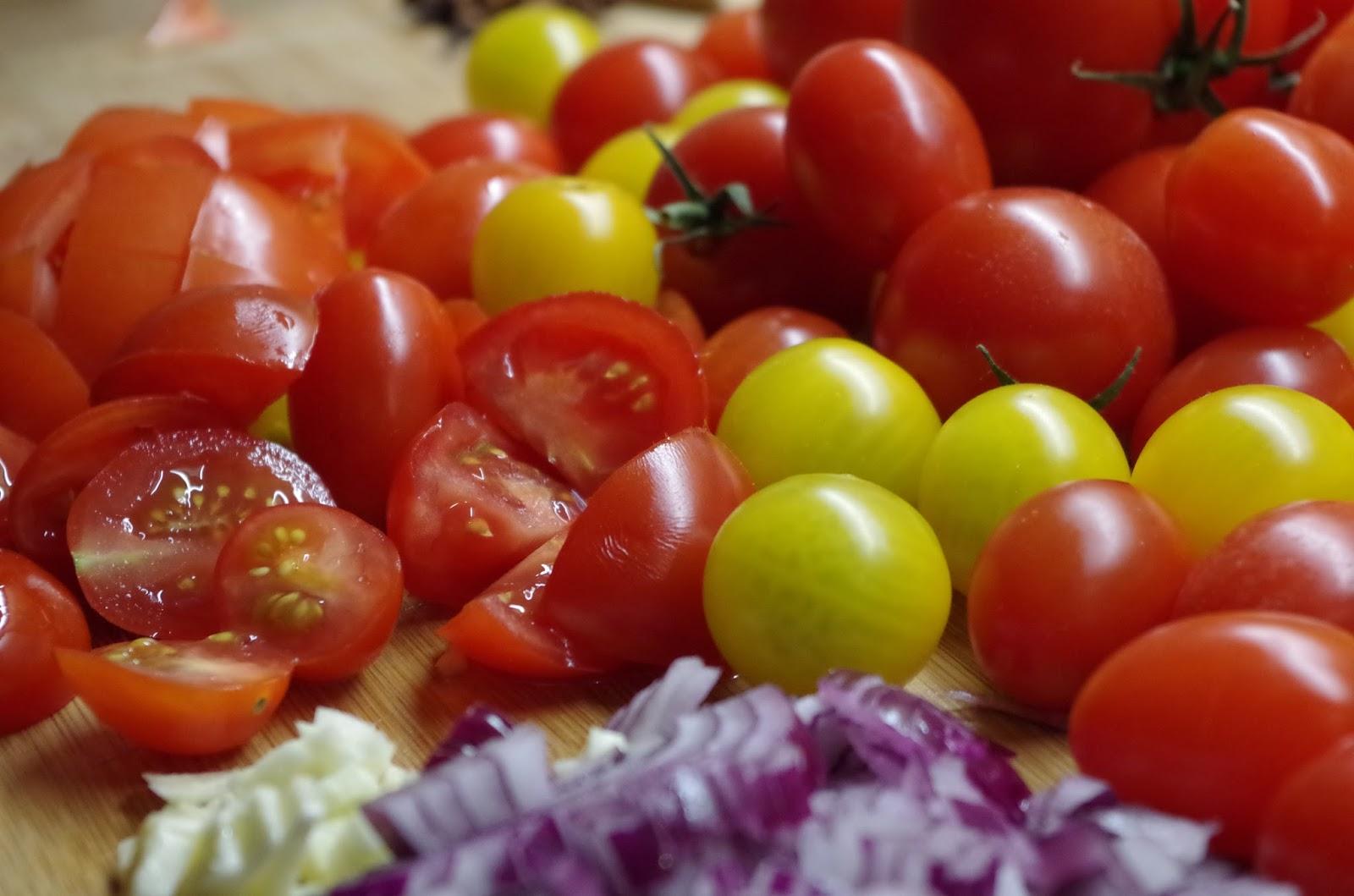 mr greens welt tomatenketchup aus eigenen tomaten hergestellt. Black Bedroom Furniture Sets. Home Design Ideas