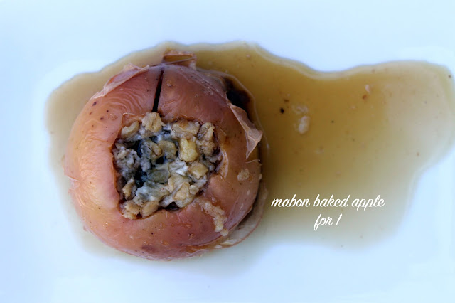 Vegan4One's Mabon Baked Apple for 1