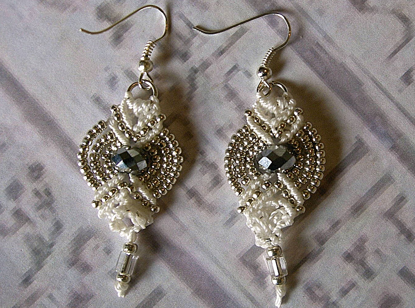 Earrings pinterest crochet
