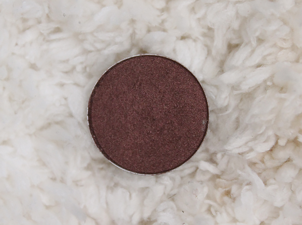 mac twinks eyeshadow review