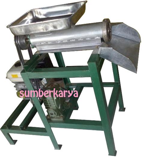 Mesin ini dirancang untuk memudahkan dalam pembuatan poultry atau