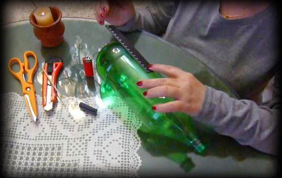 50 crisis reciclando recipiente con botella de pl stico - Como pintar botellas de plastico ...