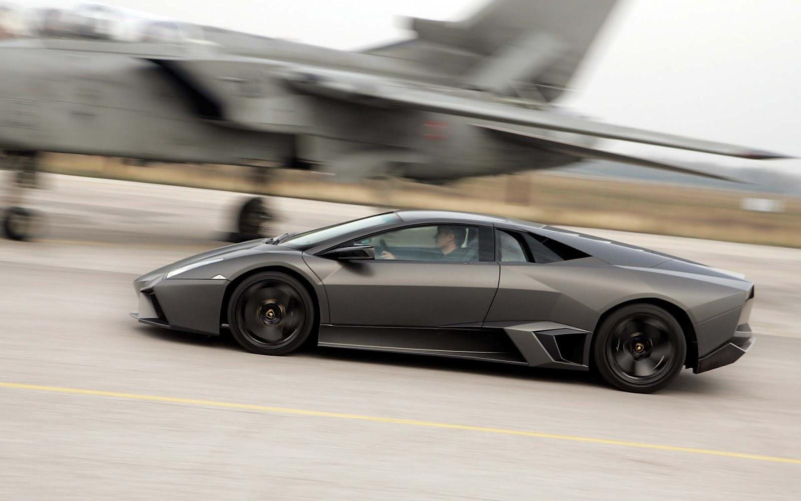 http://3.bp.blogspot.com/-k3WZaCBj1q4/UFBjxo38JDI/AAAAAAAADEU/7i1YT-kwZvg/s1600/Lamborghini_Reventon_004.jpg