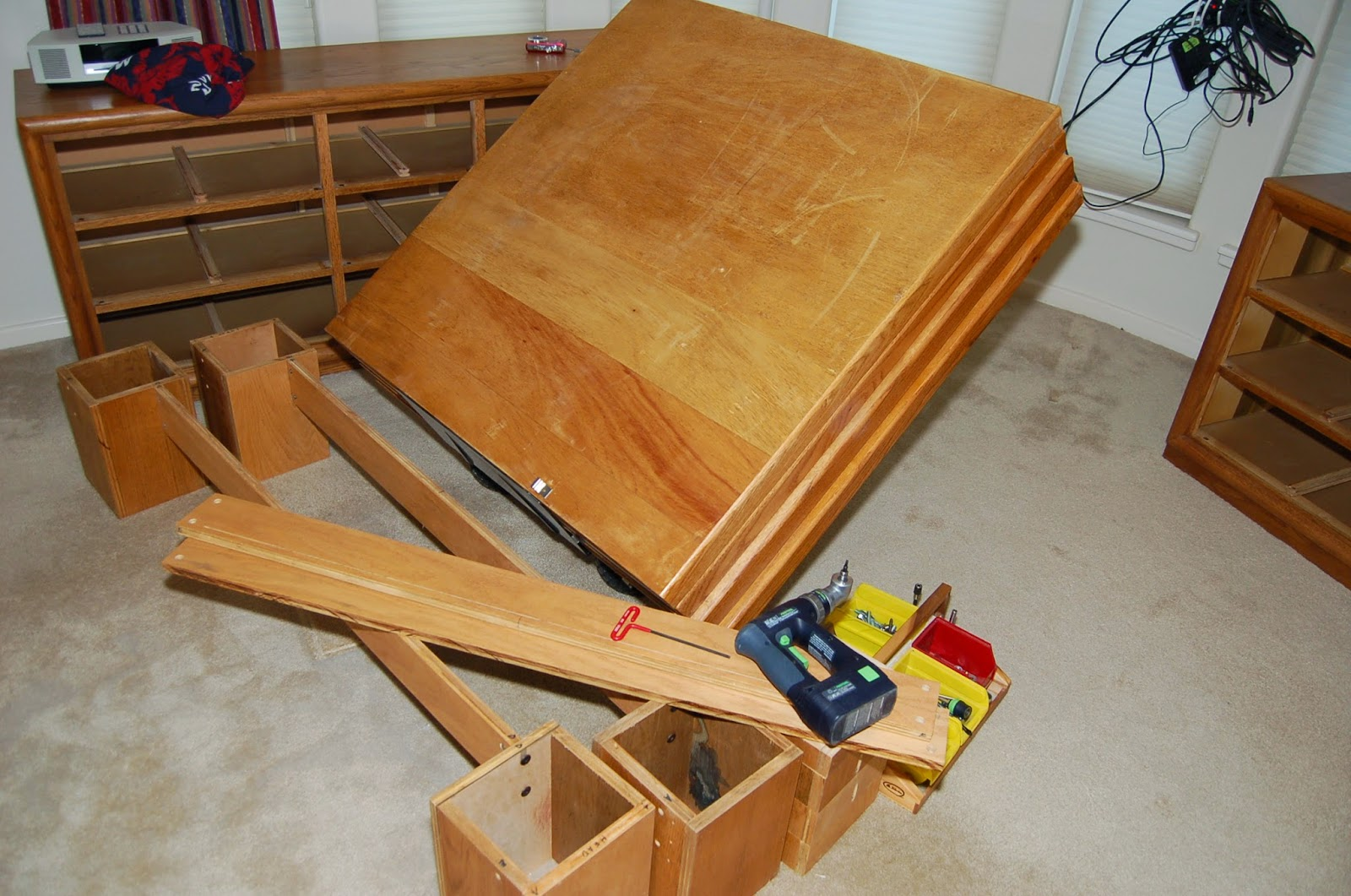 Woodworks Made Easy: Ultimate Guide to Building Platform Beds of a ...