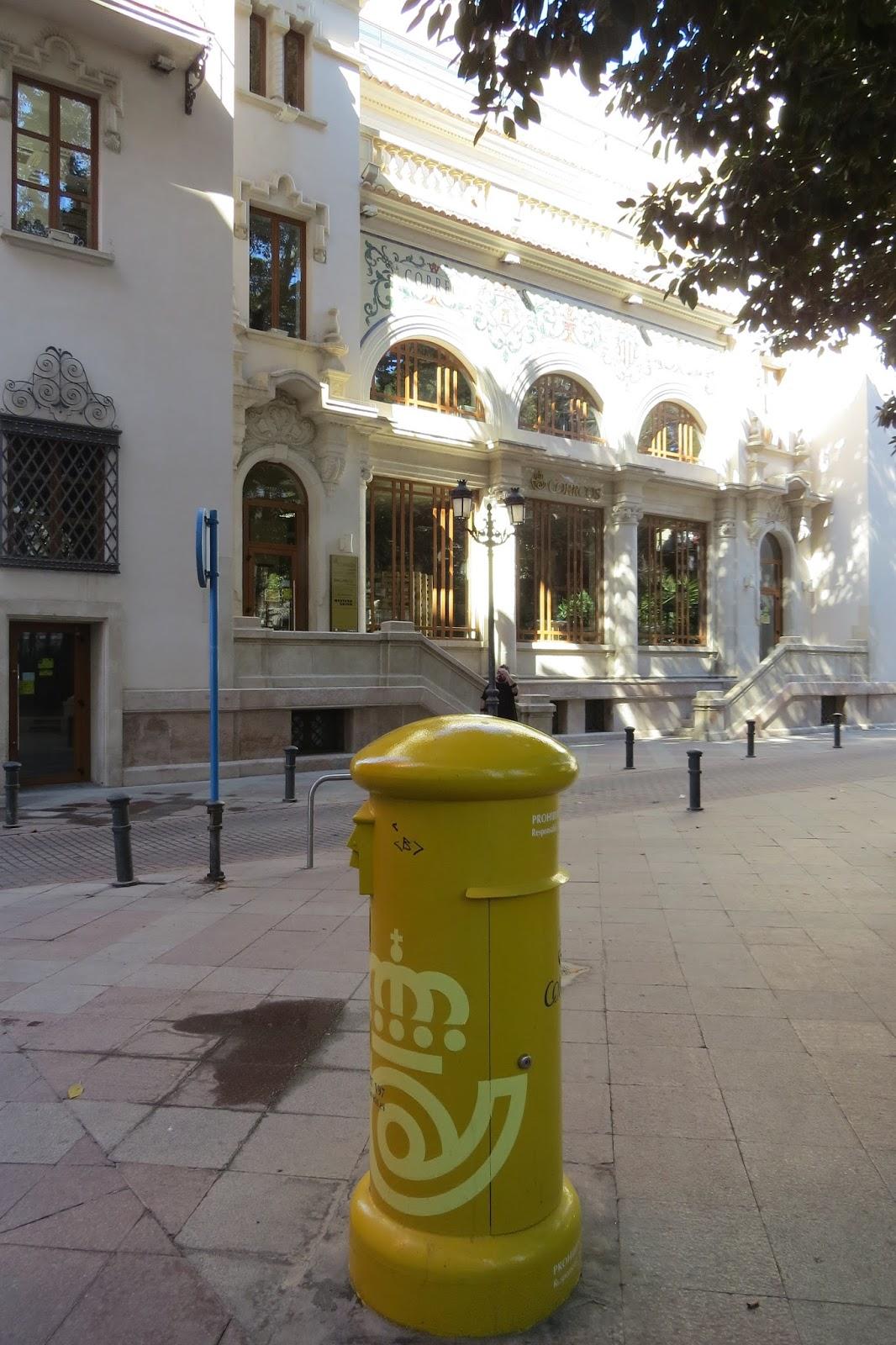 El acorazado cin filo le cuirass cin phile alicante for Oficina de correos alicante