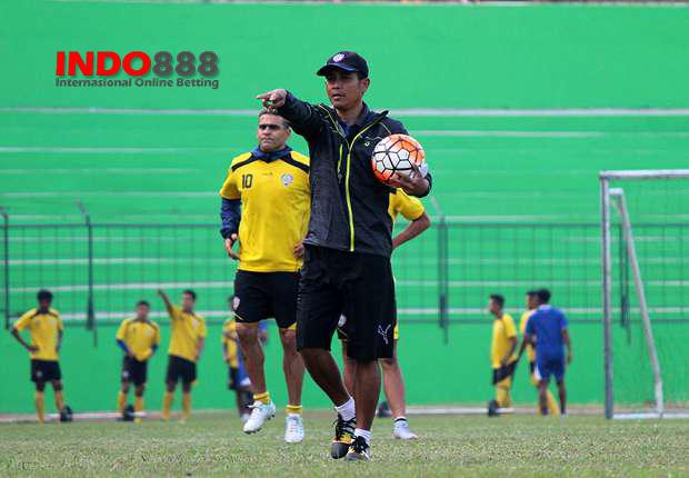 Arema Waspadai Permainan Persipasi Bandung Raya - Indo888News