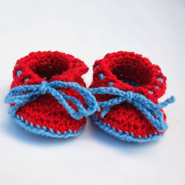 Free Baby Booties Crochet Pattern in DK 8ply - Rollin' Baby Booties