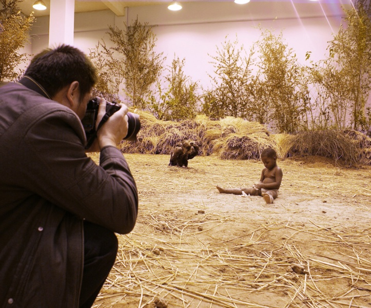 Xu ZhenAfrican Children Starving Vulture