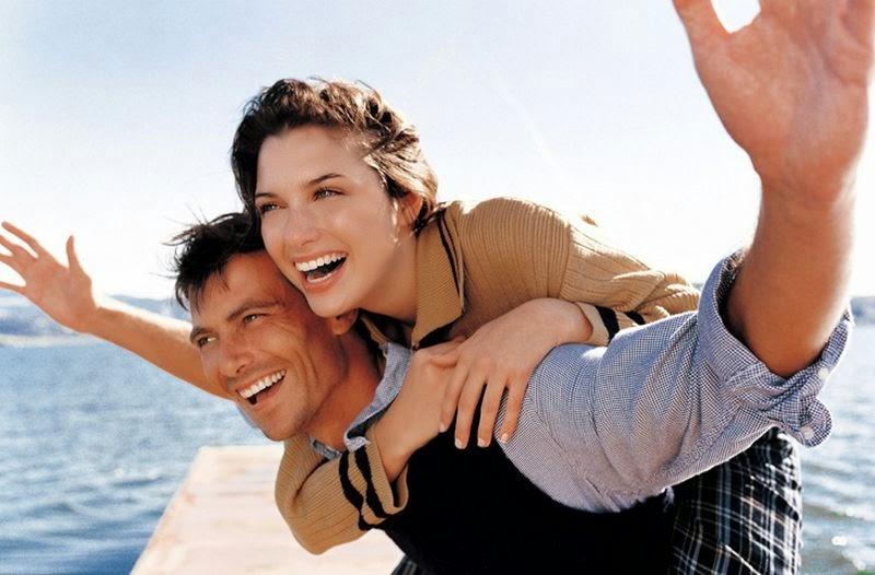 счастливая и влюбленная женщина