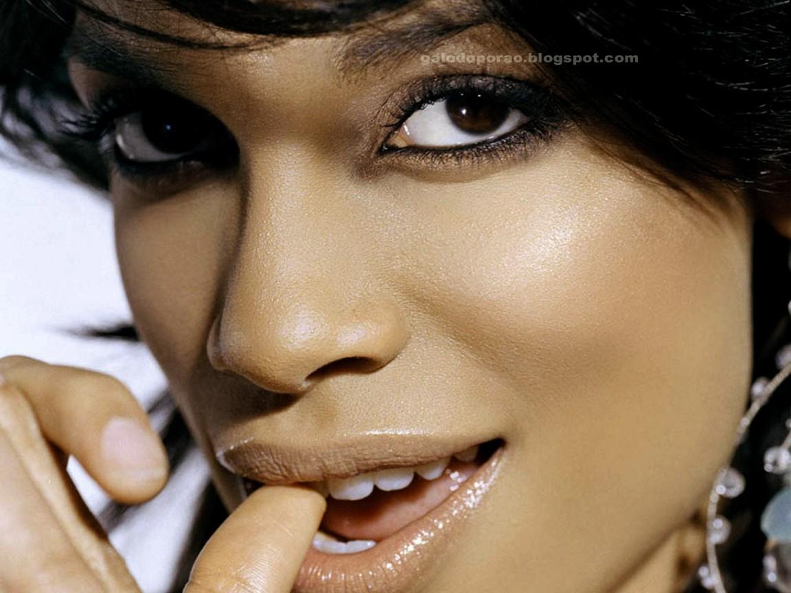 http://3.bp.blogspot.com/-k4UpGth_aw0/T4xclrsi-dI/AAAAAAAAFS8/yRvtzWH-wtI/s1600/27-RosarioDawson.jpg