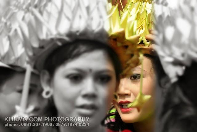 Gadis Bertopi Janur Kuning - Banyumas Extravaganza 2014