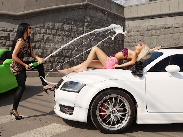 Фото на аву с девочками и машинами