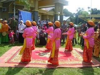 Tari Sekapur Sirih Tarian Daerah Provinsi Jambi dan Riau