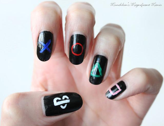 PlayStation nail design