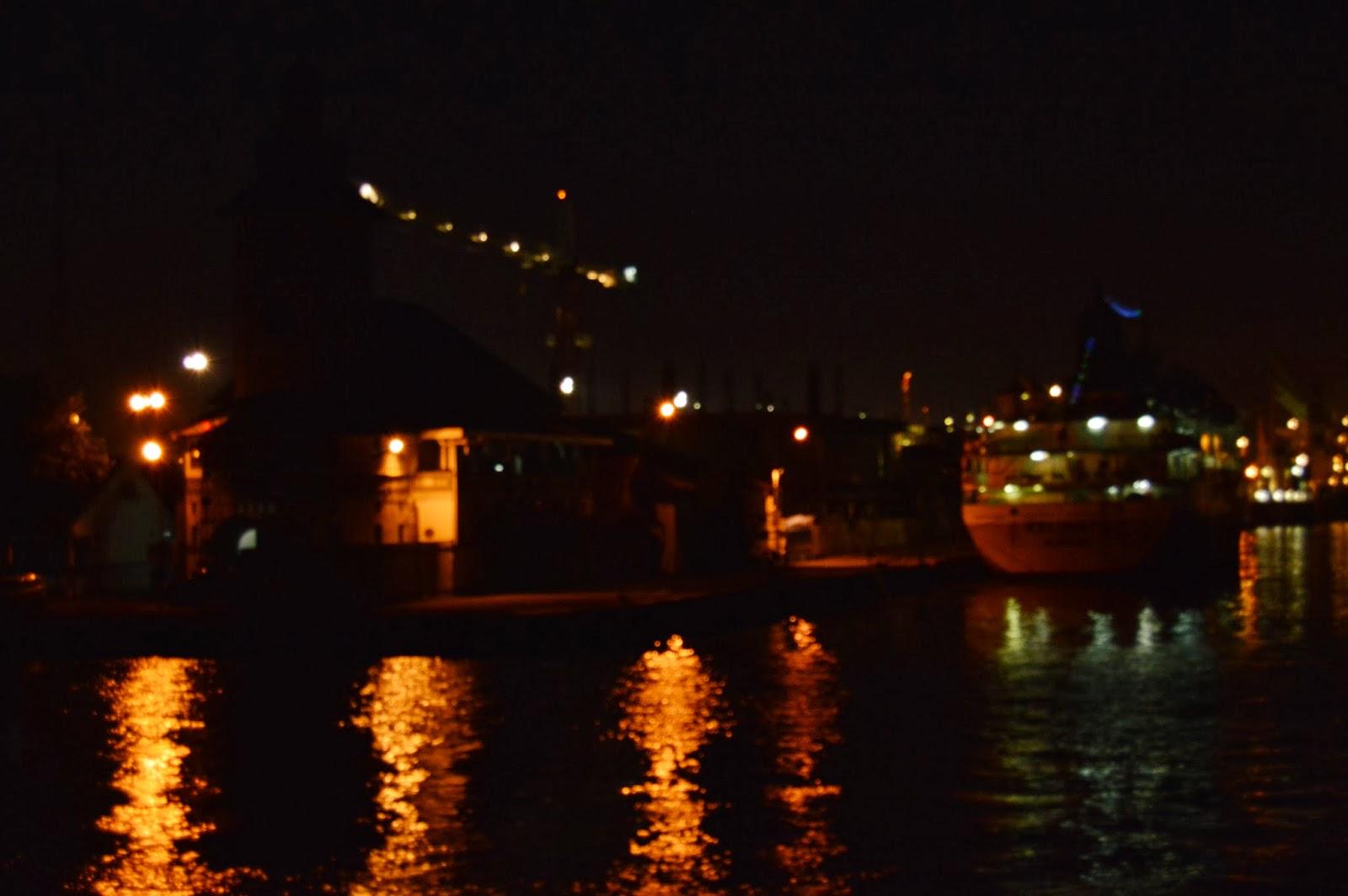 ... : Surabaya Heritage : Jembatan Suramadu Membelah Megah Selat Madura