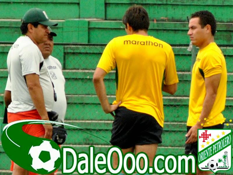 Oriente Petrolero - Eduardo Villegas - Ronald Raldes - Gualberto Mojica - DaleOoo.com página del Club Oriente Petrolero