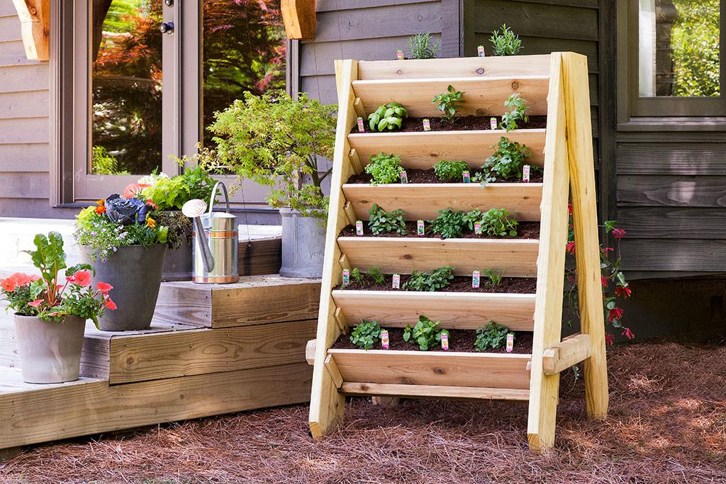 breuillet nature une jardini re verticale. Black Bedroom Furniture Sets. Home Design Ideas