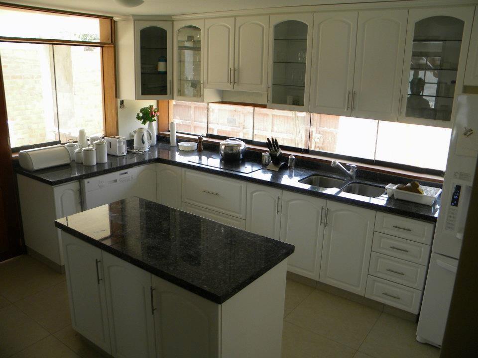 Ver muebles de cocina y precios muebles de cocina for Muebles de cocina modernos precios