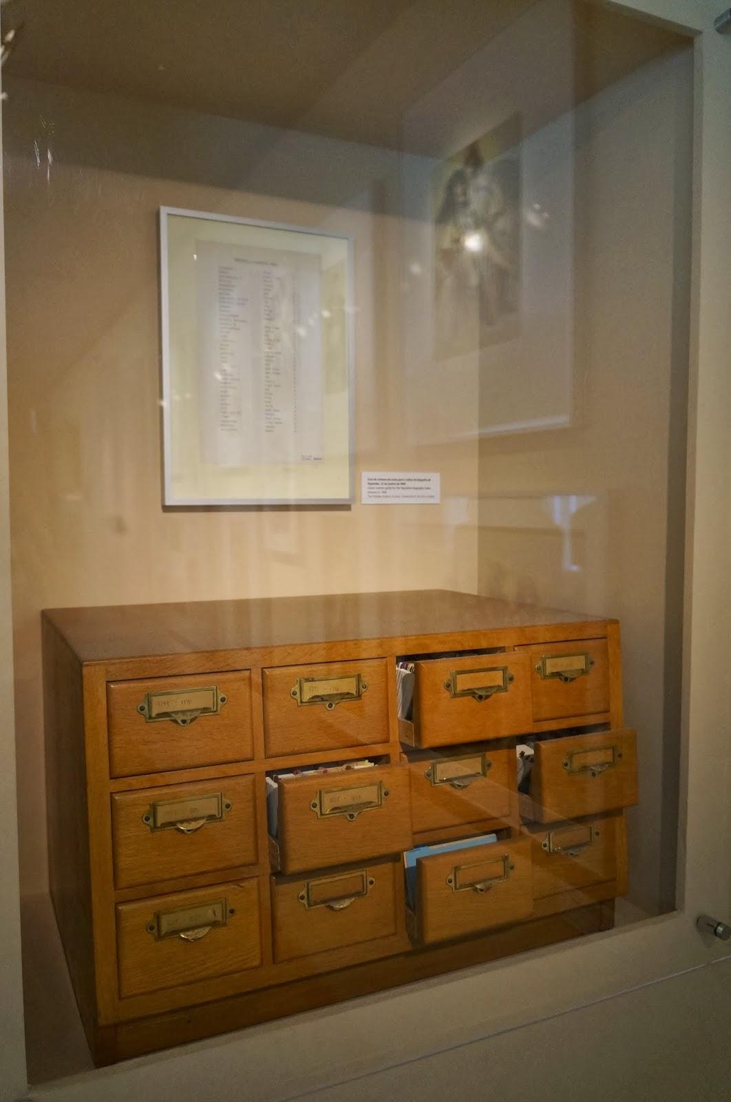 armário-arquivo com informações sobre Napoleão Bonaparte - Stanley Kubrick - MIS - SP