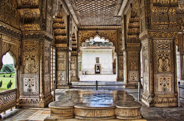 Diwan-I-Khas in Delhi Red Fort Interior Architecture Design Images 2