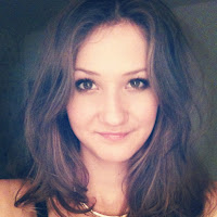 Hannah King, 20