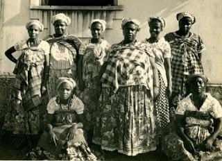Feminismo Negro & Mulherismo Africano