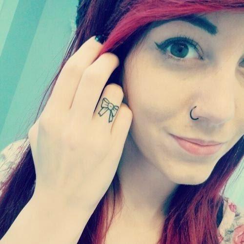 Cute bow finger tattoo designs and ideas calgary for Cute bow tattoos