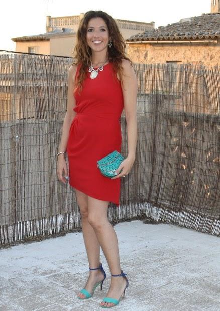 vestido de coctel rojo corto