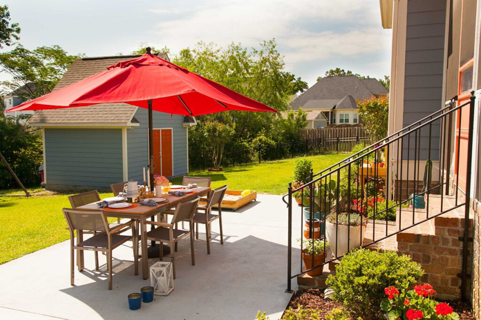 colorful summer entertaining