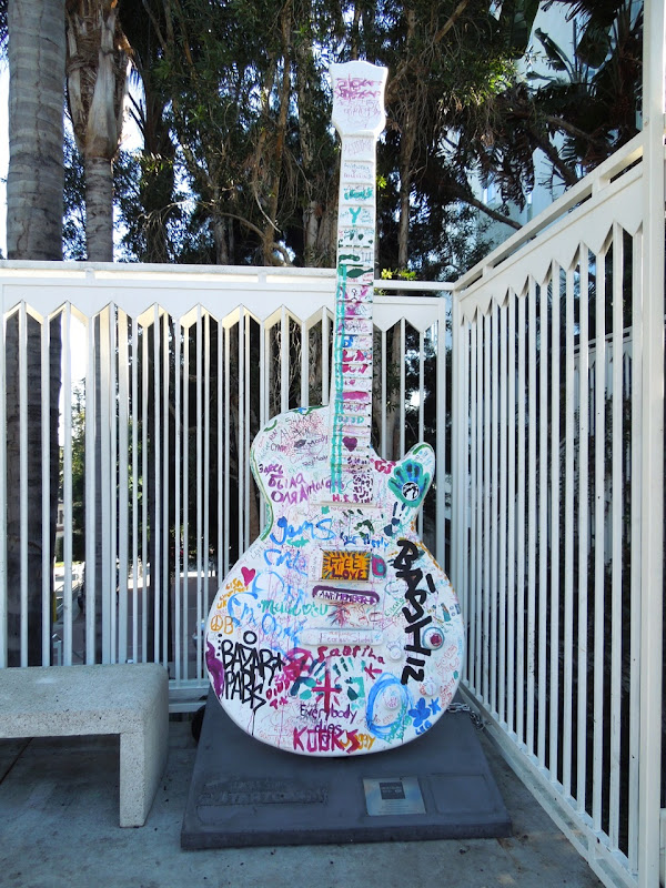 GuitarTown graffiti guitar Sunset Strip