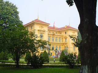 Vietnã Hanói Palácio Presidencial fotos junto Mausoléu de Ho Chi Minh