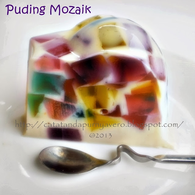 "<img src=""puding mozaik.jpg"" alt=""puding mozaik catatan dapur vero"">"