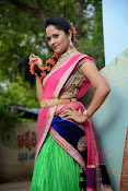 Anasuya photos in half saree-thumbnail-11