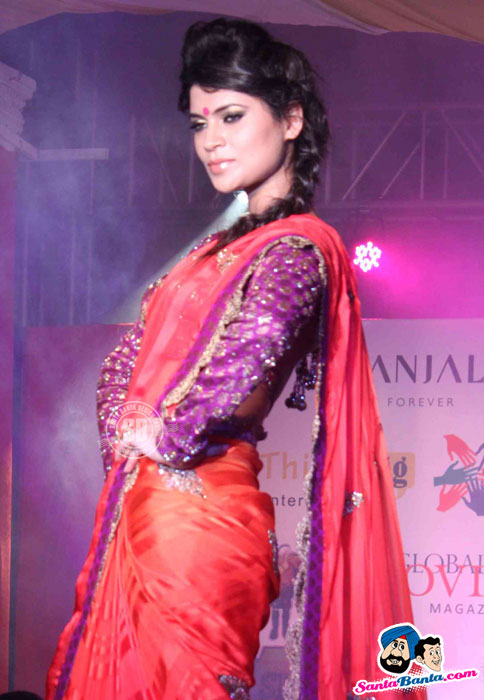 Indian Model in Red Saree - (17) - Global Movie Independence Fashion Show Photos