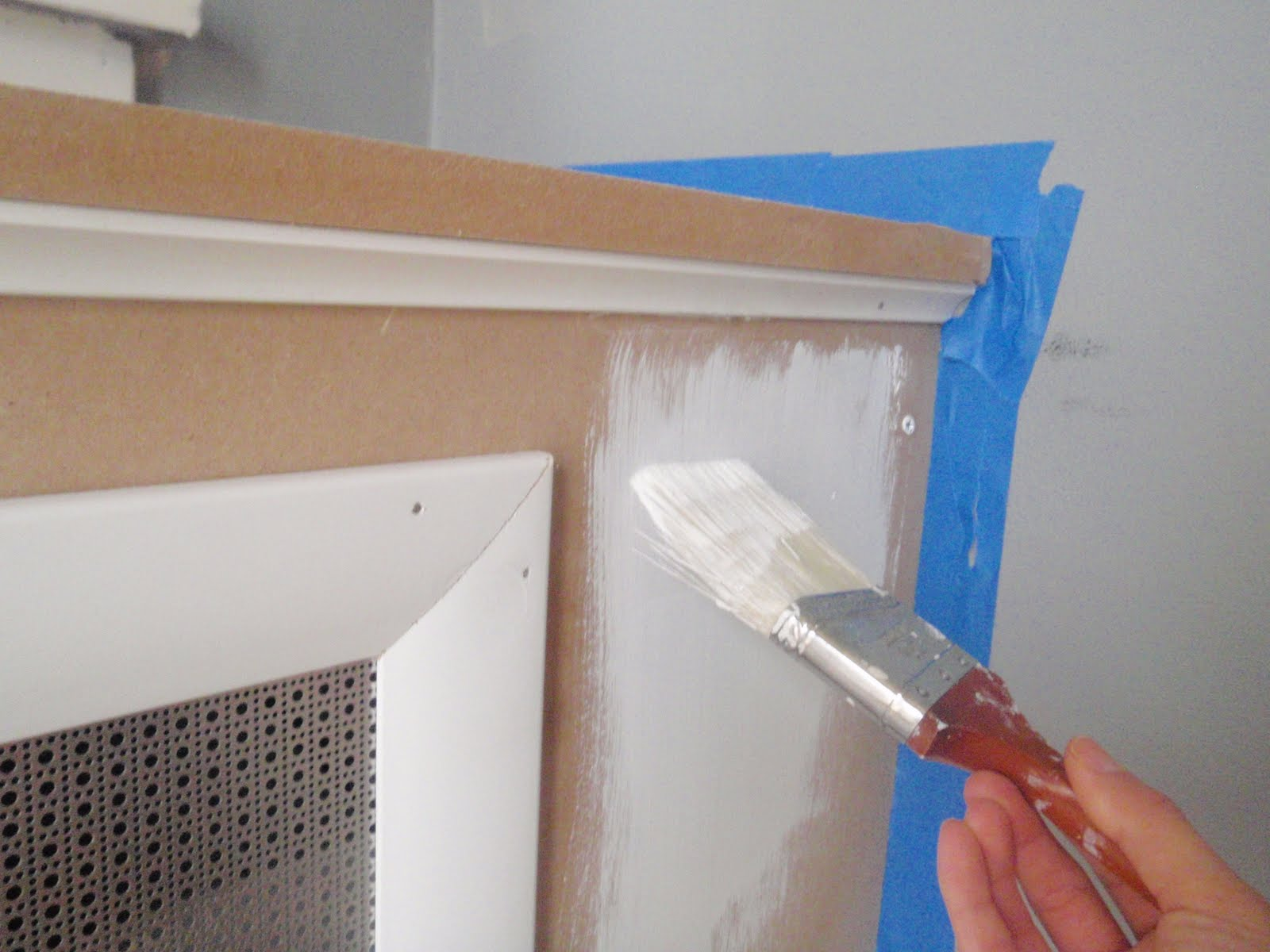hammers and high heels radiator cover update painting complete. Black Bedroom Furniture Sets. Home Design Ideas