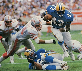 Williams_John1_Invaders_USFL.jpg