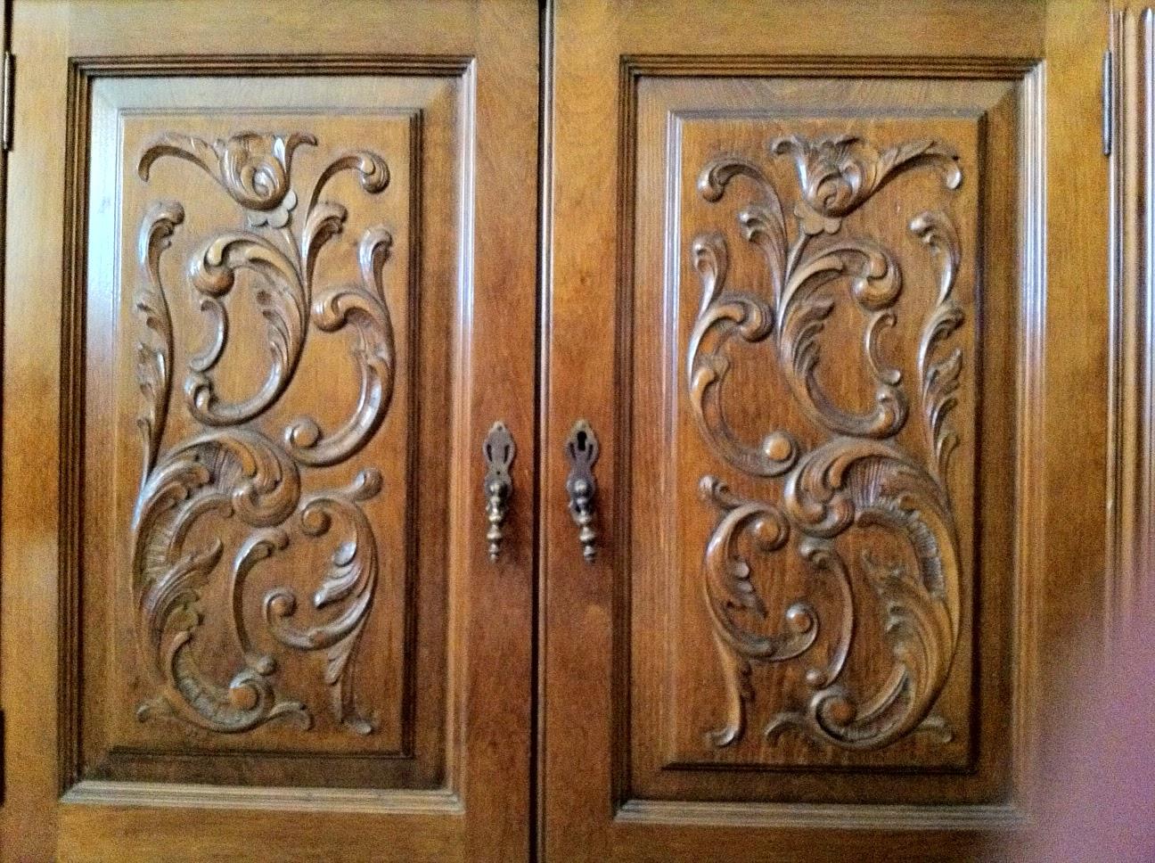 Blog de jos de torres tallas en las puertas de un mueble - Pintura puertas madera ...
