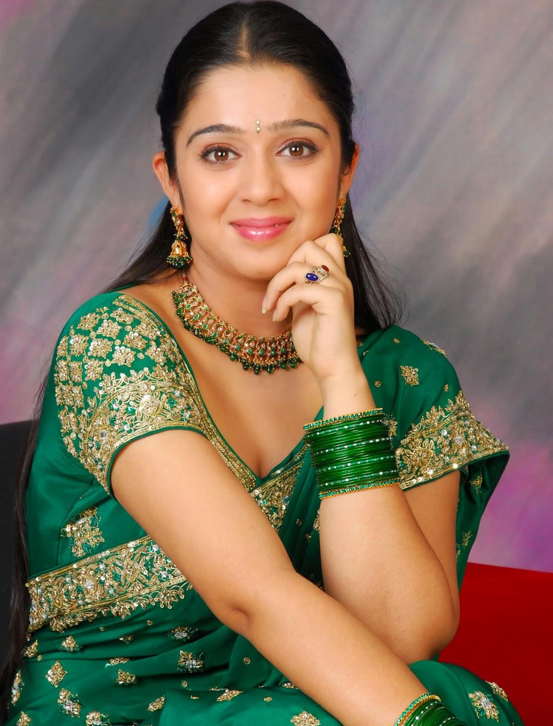 hqwallpictures1080p: Charmi Kaur Hot Pictures
