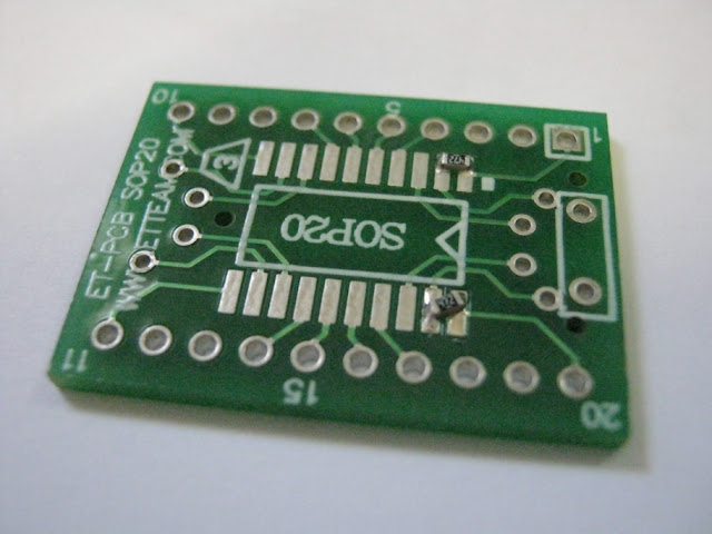 Surface mount resistor on a PCB