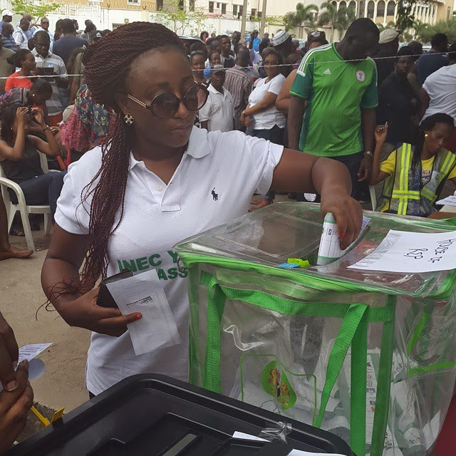 Ini Edo was pictured casting her vote at a polling unit in Lekki